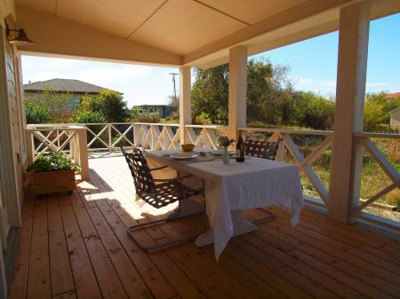 Click to enlarge image Dining al fresco almost always a possibility for Port Aransas! - SEA OATS COTTAGE - Gracious getaway for two!!