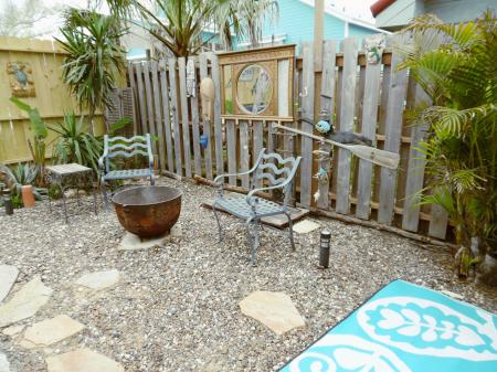 Click to enlarge image Eclectic private garden - La Tortuga, lovely new remodel, Spanish Village #12 - Charming coastal cottage, private fenced yard, dog ok