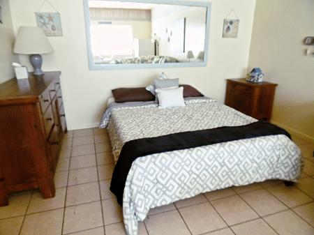 Click to enlarge image Roomy area for sleeping - Barefoot Dayz - Wonderful Studio Condo at Island Retreat